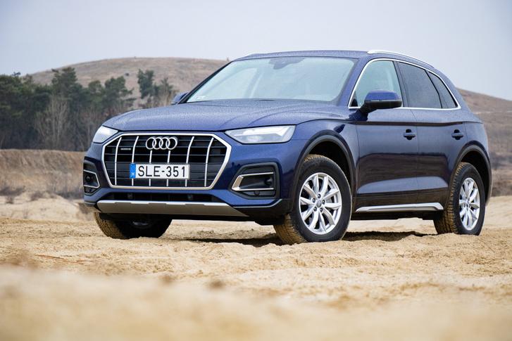 Kívülről tagadhatatlan Audi, belül inkább egy négyes Golf, ráadás iPad-del