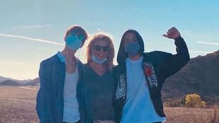 Britney Spears fiai már magasabbak az énekesnőnél