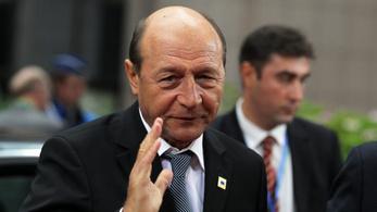 Korrupcióért elítélték Traian Basescu volt román elnök lányát