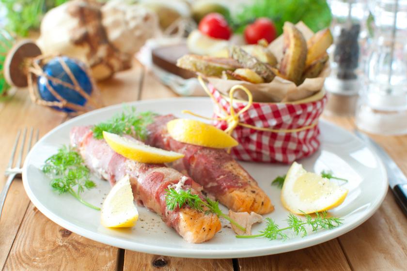 Baconben sült, fűszeres halfilé villámgyorsan: így egyáltalán nem szárad ki a hús