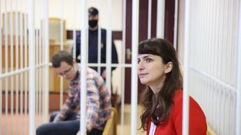 Újabb újságírót ítéltek börtönre Belaruszban