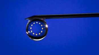 Még gyorsabban hagyná jóvá a vakcinákat az Európai Bizottság