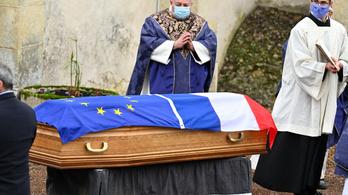 Tízezer embert zaklatthattak Franciaországban egyházi személyek