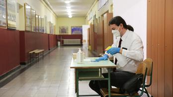 A koronavírus már a felvételi vizsgába is beleszól
