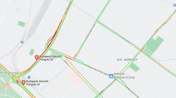 Lezárták, majd megnyitották a Kacsóh Pongrác úti felüljárót