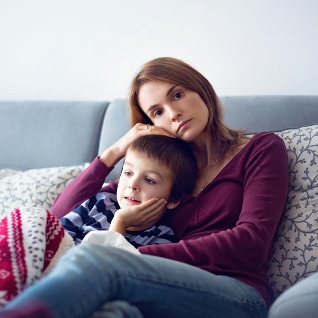 Hogyan ismerkedjek, ha soha véget nem érő 24 órás műszakom van? Az egyedülálló anyáknak nem egyszerű, de nem lehetetlen