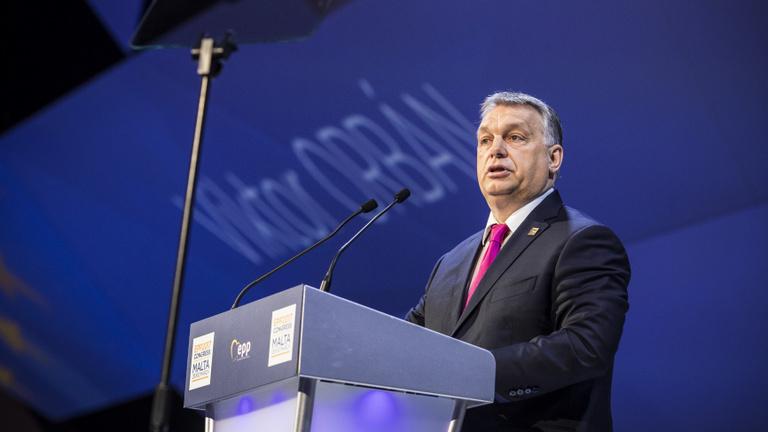 Megszületett a döntés: kilép a Fidesz az Európai Néppárt frakciójából