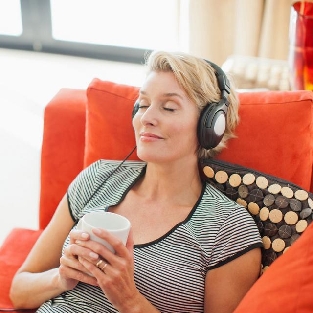 Miért és hogyan gyógyítja a krónikus betegségeket a zene? Az Alzheimer-kórban szenvedők életét is könnyebbé teszi