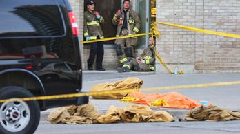 Tíz embert gázolt halálra, mert kikosarazták a nők