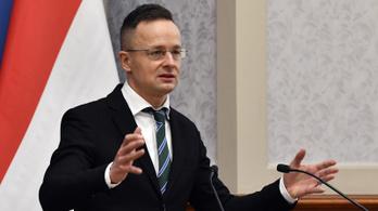 Szijjártó Péter: Manfred Weber szégyellje magát
