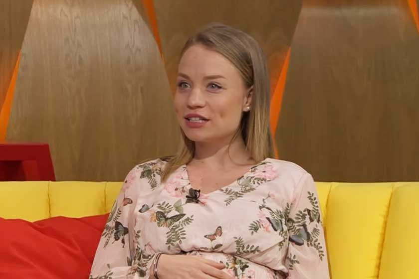 Gyermeket vár a Drága örökösök színésznője - 6 hónapos babapocakját a Reggeliben mutatta meg Kiss Anna Laura