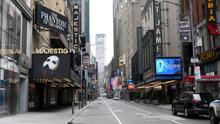 Áprilisban újra lesznek előadások a Broadwayn