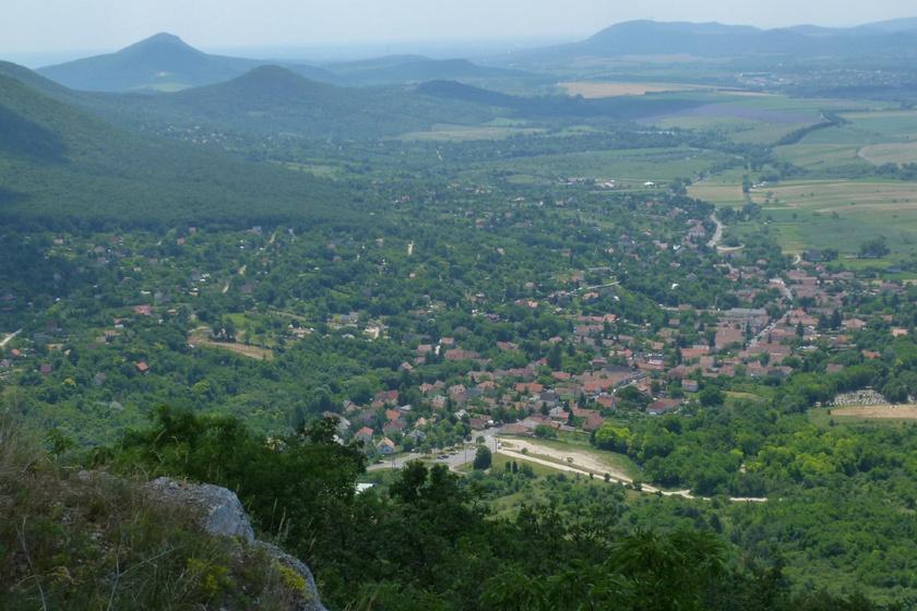 4 mesebeli kis falu a Pilisben: festői hegyek között bújnak meg
