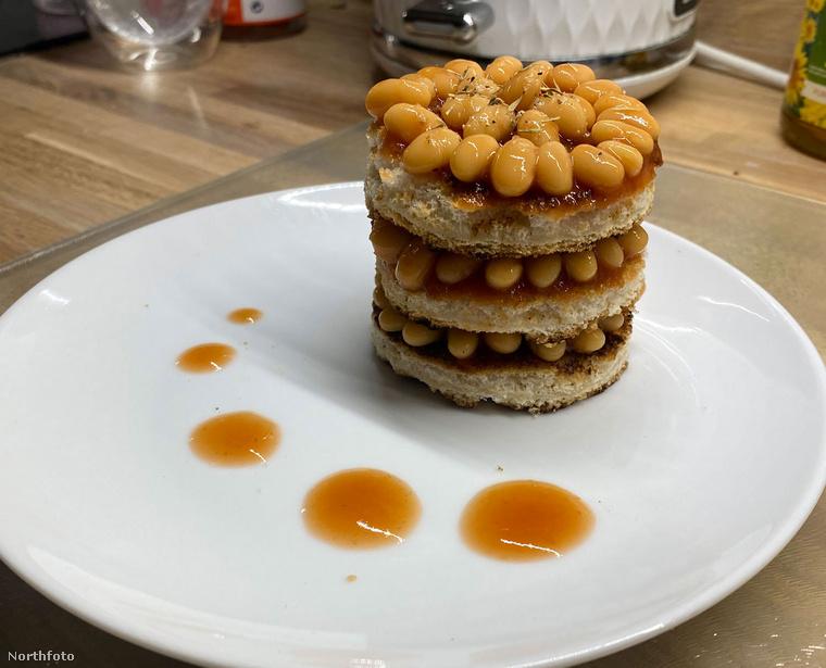Ínycsiklandozó desszertnek tűnhet a képen látható gasztrokompozíció, de egyáltalán nem édességről van szó