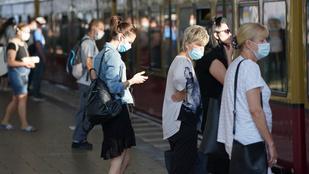 Csaknem tízezren haltak bele a koronavírusba egy nap alatt a világon