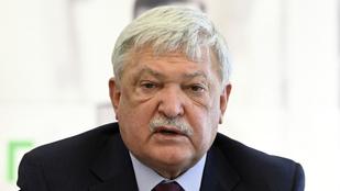 Csányi Sándor: Kisebb lett a gazdasági visszaesés a vártnál