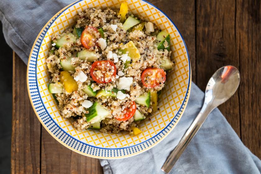 görög quinoa saláta recept