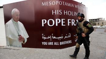Történelminek tartják Ferenc pápa most kezdődő iraki látogatását