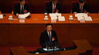 """Peking biztosra akar menni, hogy Hongkongot """"hazafiak"""" kormányozzák"""