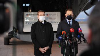 A magyar vakcinasegély átírhatja a szlovák állampolgársági törvényt