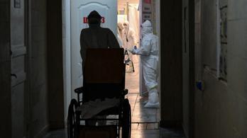 Több mint nyolcvan százaléka meghalt a lélegeztetőgépre került betegeknek Ukrajnában