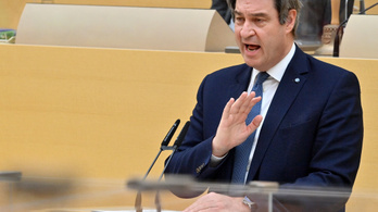 A Fidesz néppárti tagságának megszüntetését javasolja a bajor CSU elnöke