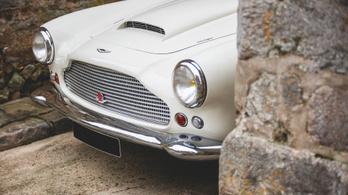 Az első Aston Martin DB4