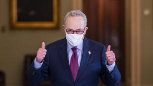 Alig ment át a koronavírus elleni mentőcsomag az amerikai szenátuson