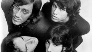 Innen kapta nevét a The Doors: a droghoz és egy angol költőhöz is kapcsolódik a névválasztásuk