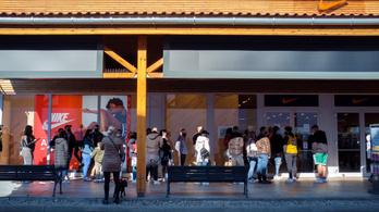 Pánikvásárlás? Az utolsó nap ellenére sem indult rohamra a magyar