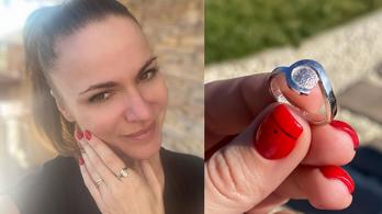 Péter Szabó Szilvia a kislánya ujjlenyomatát viseli ékszerként