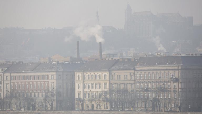 Mit tesz a minisztérium a légszennyezés ellen?