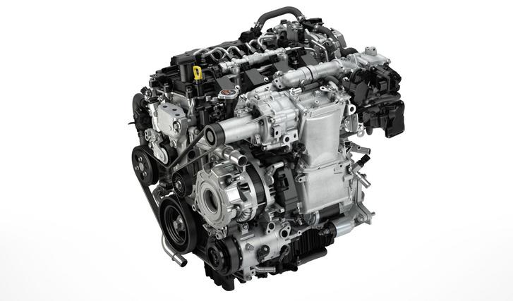 A Mazda SkyActiv-X motorja nagy sűrítési arányt, Miller ciklust és szikrával indított kompressziógyújtást alkalmaz a jó hatásfok, azaz a kis fogyasztás érdekében
