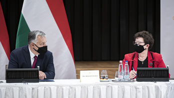 Orbán Viktor felköszöntötte Müller Cecíliát