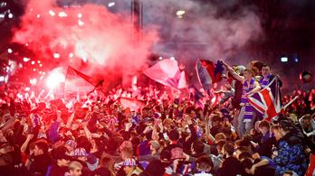 28 futballhuligánt letartóztattak a járványügyi szabályok megsértése miatt