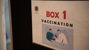 Súlyos a járványhelyzet Franciaországban, elhalasztják a műtéteket