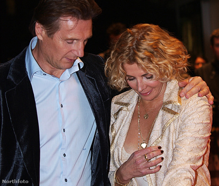 Férjével Liam Neesonnal