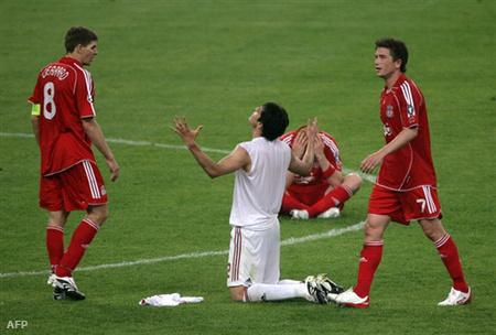 Gerrard és Kaká a 2007-es BL-döntőn