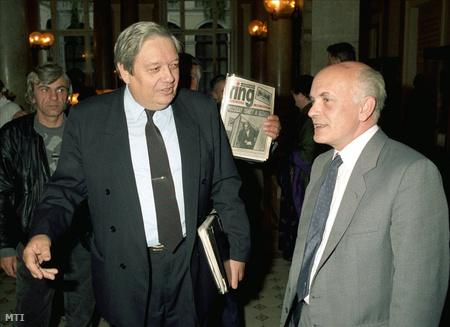 Pozsgay és Bíró Zoltán a Nemzeti Demokrata Szövetség alakuló ülésén