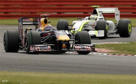 Webber Barrichello előtt Silverstone