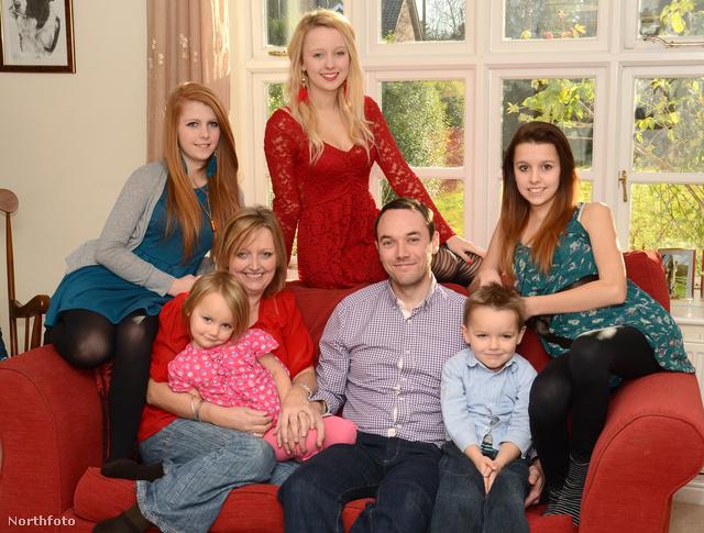 Az egész család, az apukával együtt