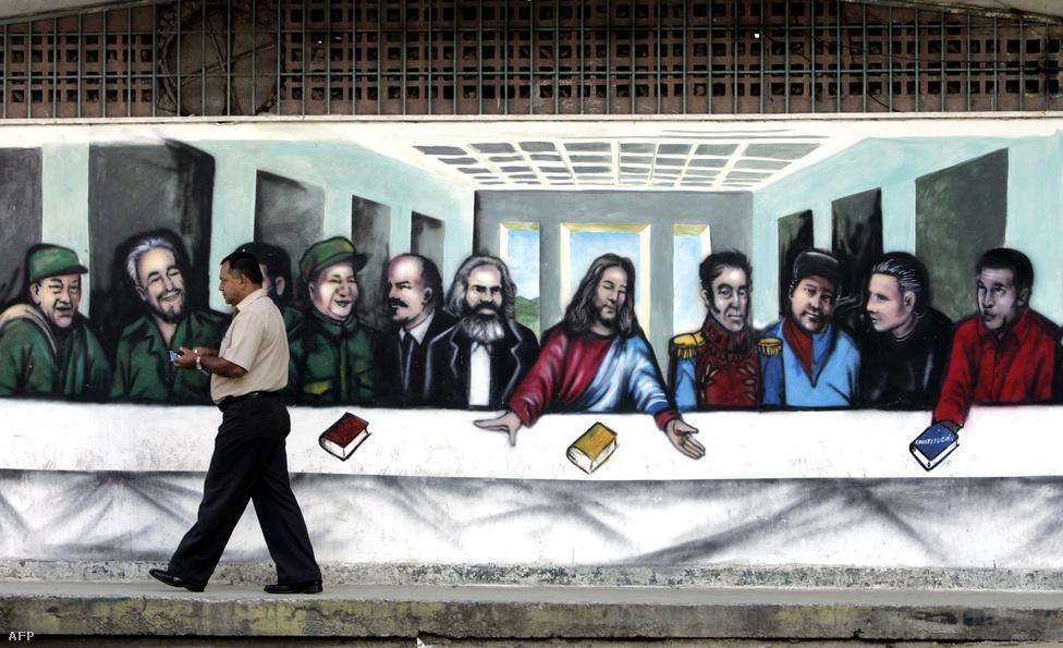 A caracasi graffitin az Utolsó vacsora bibliai szereplői helyére híres kommunista politikusok és ideológusok kerültek. Felbukkan persze Chávez is, aki hamar komoly népszerűsége tett szert nemzetközi baloldali körökben. Chávez előszeretettel bírálta a nyugati országokat, a nagyvállatok, főleg az olajtársaságok vezetőit, sőt, még az egyházi méltóságokat is, amiért semmibe veszik a szegényeket.