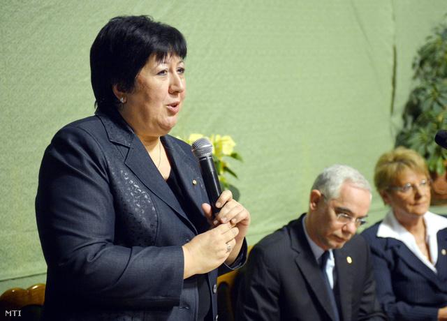 Marekné Pintér Aranka a KIK elnöke