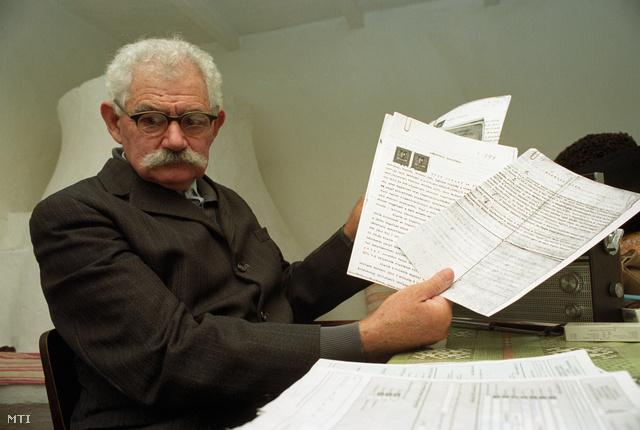 Kardoskút 1991. A 78 éves Czuczi Sándor 1930 óta él a Békés megyei Kardoskúton a Barackos dűlőben álló tanyájában. A tanya körüli birtokot téeszesítették és államosították, de megengedték, hogy bérbe vegye és művelje tovább. 28 hold földjét próbálta visszaigényelni.