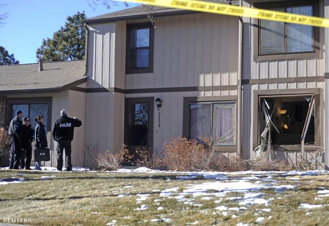 A tárgyalások kudarcba fulladtak, ezután a rendőrök megrohamozták a lakást, és agyonlőtték a túszejtőt. Rajta kívül további három ember holttestét találták meg a lakásban.