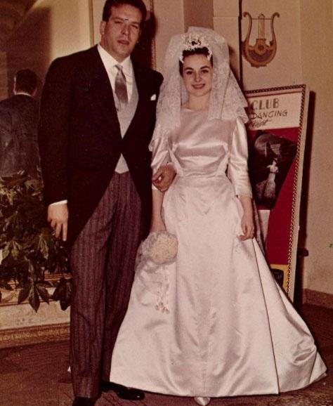 1960. február 25-én mondták ki a boldogító igent, Maria csinos menyasszony volt.