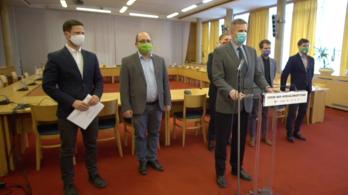 Ellenzéki jelentés készül a kormány járványügyi teljesítményéről
