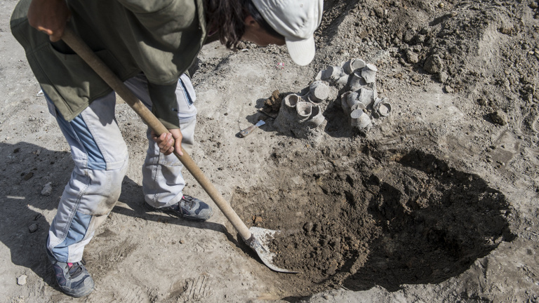 Nem vehet házat Csepelen az afgán férfi, mert biztos kincsvadász