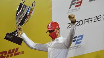 Schumacherék követik-e Hilléket és Rosbergéket?