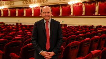A művészek beoltását sürgeti a milánói Scala vezetője a színházak újranyitása feltételeként